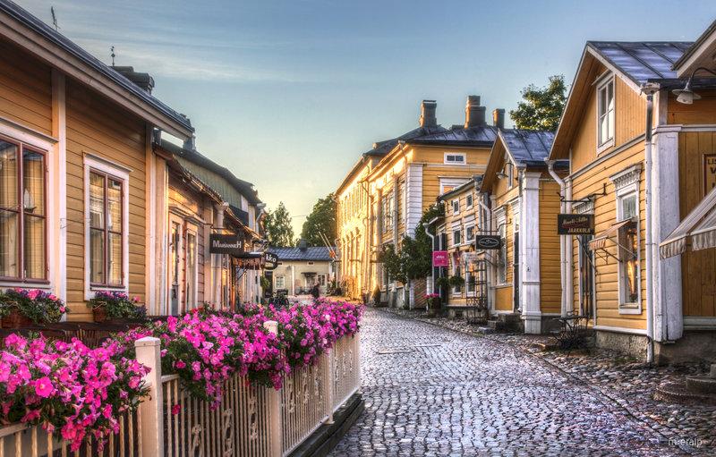 Таллин-Хельсинки-Порвоо*-Рига